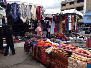 Plaza de los Ponchos Otavalo