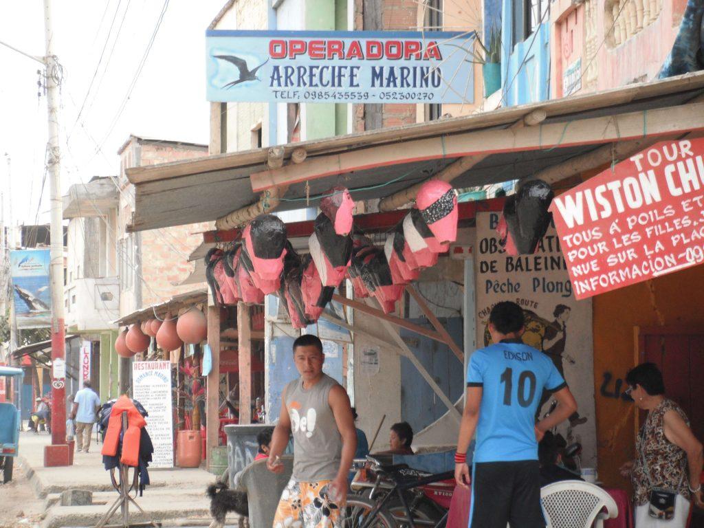 Las Calles de Puerto Lopez el 23 de Diciembre