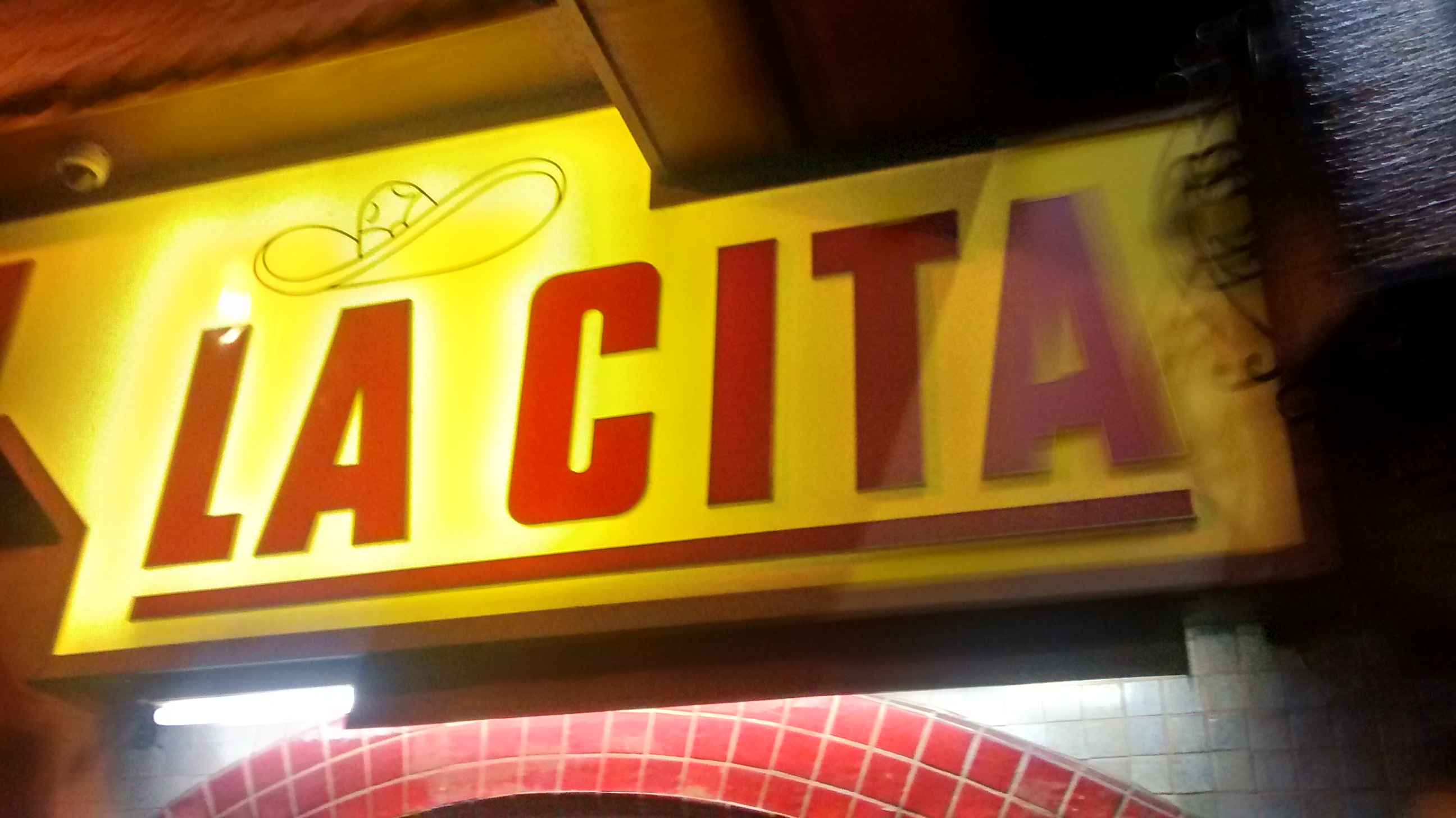 La Cita bar Mexicano en LA.