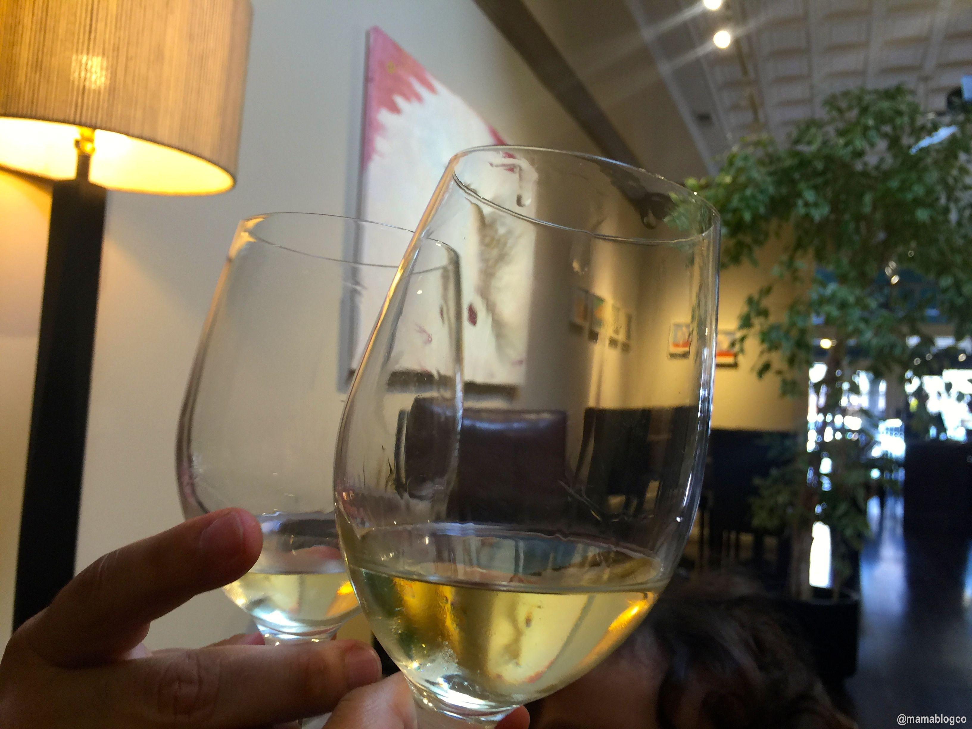 First Wine Tasting | Primera cata de vino