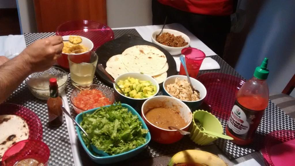 Con esta cena nos recibieron después de salir del hospital